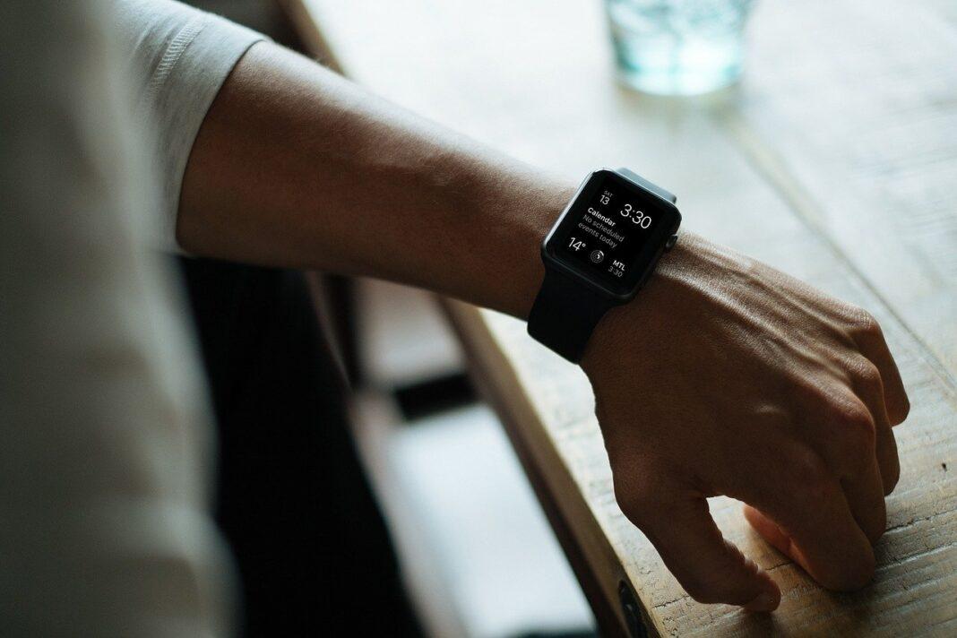 smartwatch in uscita